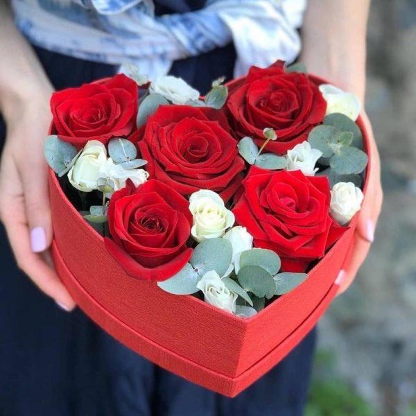 Купить цветы к 14 февраля